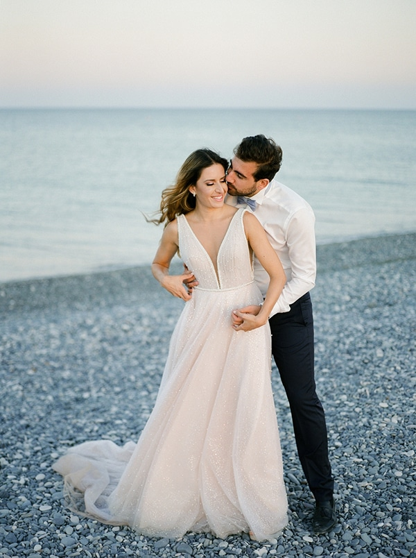 beautiful-chic-wedding-with-pastel-colors-cyprus_02