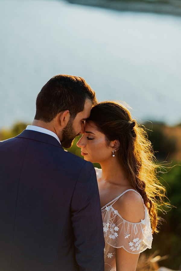beautiful-fall-wedding-vivid-colors_04x