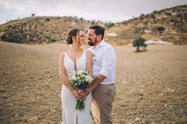 destination-intimate-wedding-paphos-rustic-details_01