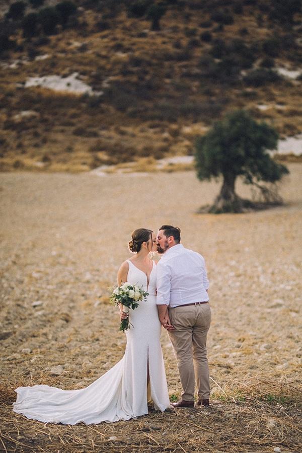destination-intimate-wedding-paphos-rustic-details_02