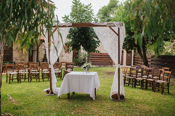 destination-intimate-wedding-paphos-rustic-details_19