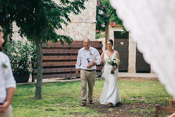 destination-intimate-wedding-paphos-rustic-details_22