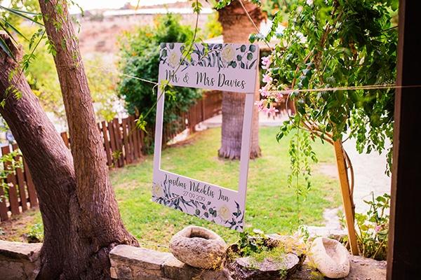 destination-intimate-wedding-paphos-rustic-details_28