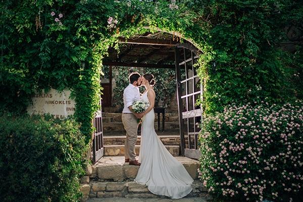 destination-intimate-wedding-paphos-rustic-details_36