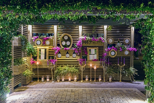 elegant-summer-wedding-athens-hanging-crystal-chandeliers-fresh-flowers_17