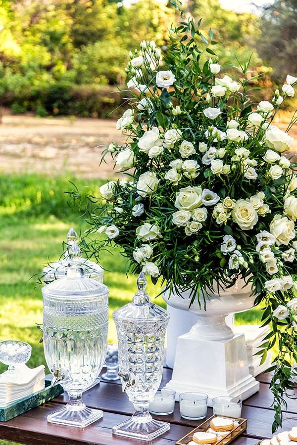 gorgeous-fall-wedding-thessaloniki-white-flowers_10