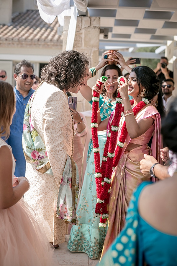 gorgeous-indian-wedding-colorful-flowers-kefalonia-island_15