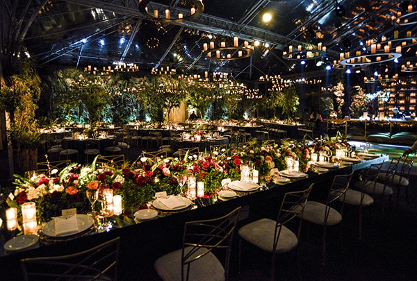 impressive-garden-wedding-decoration-atmospheric-lighting_03x