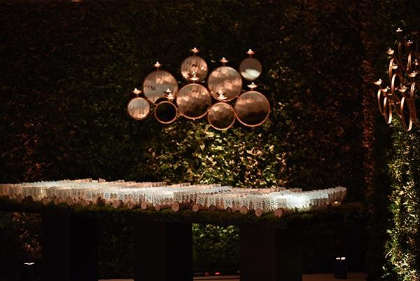 impressive-garden-wedding-decoration-atmospheric-lighting_17