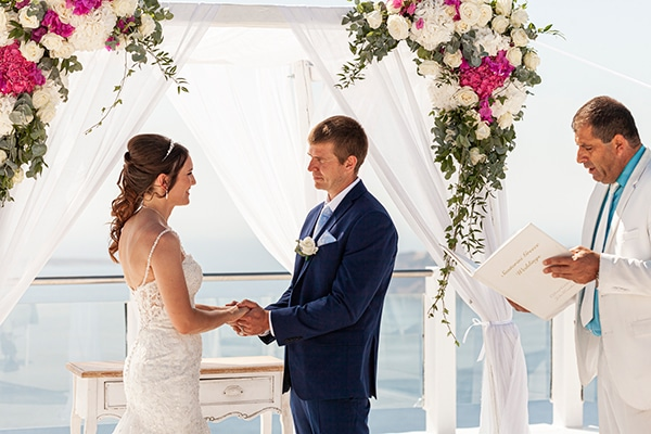 romantic-destination-wedding-santorini-bougainvillea_22
