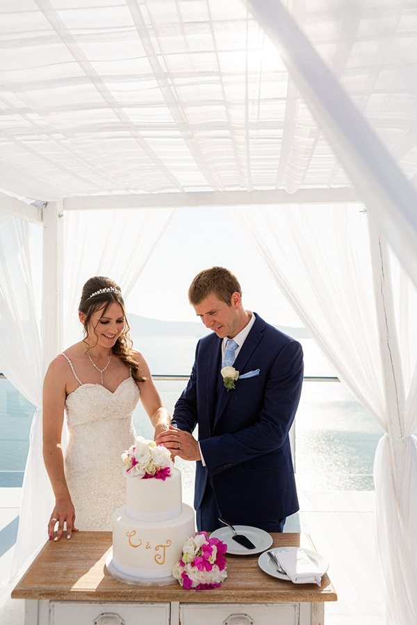 romantic-destination-wedding-santorini-bougainvillea_30