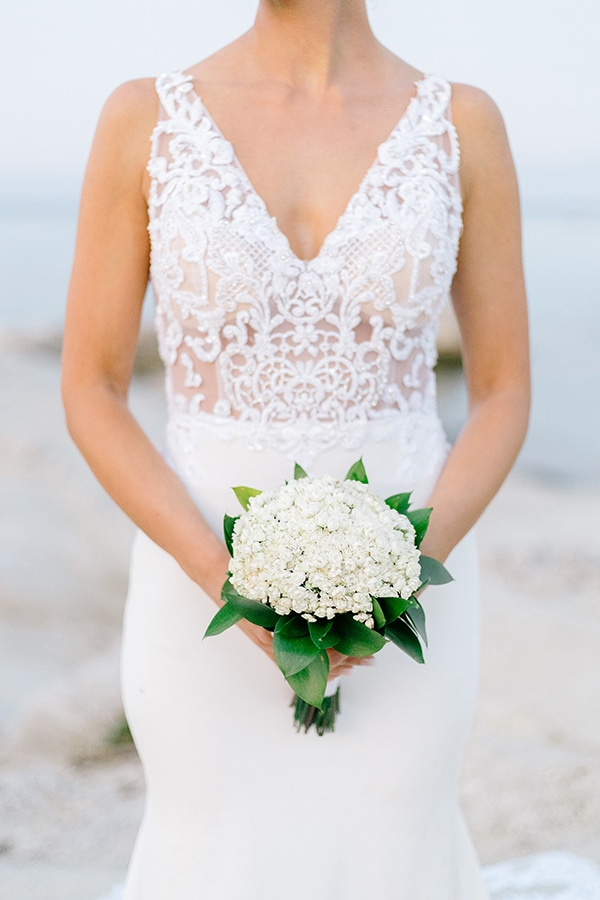 romantic-fall-wedding-greece-white-hues_04x
