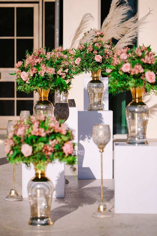 romantic-summer-wedding-athens-austin-roses-coral-hues_06x