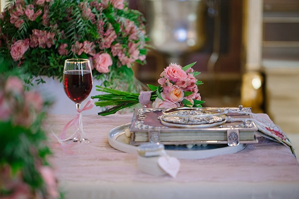 romantic-summer-wedding-athens-austin-roses-coral-hues_07x