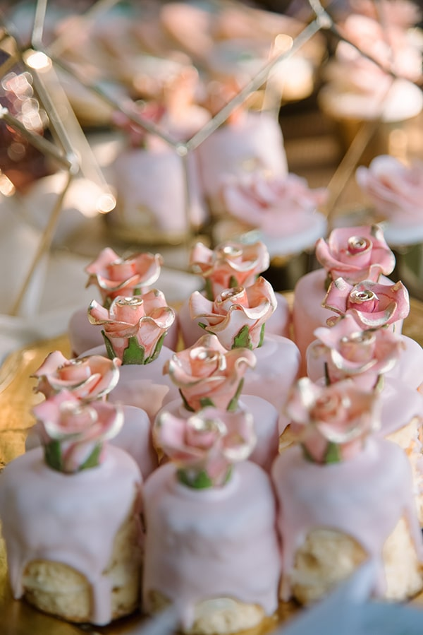 romantic-summer-wedding-athens-austin-roses-coral-hues_11x