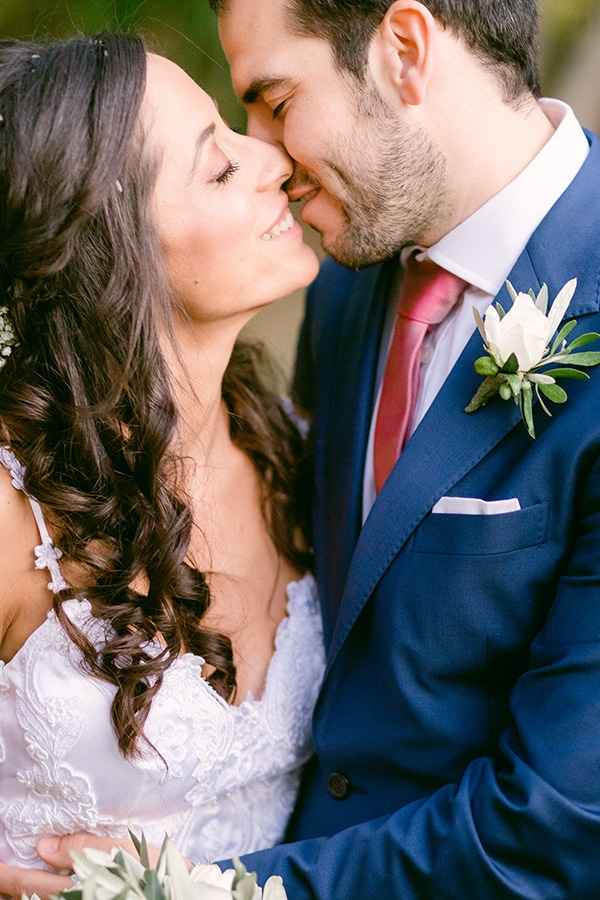 romantic-summer-wedding-athens-olive-branches_02