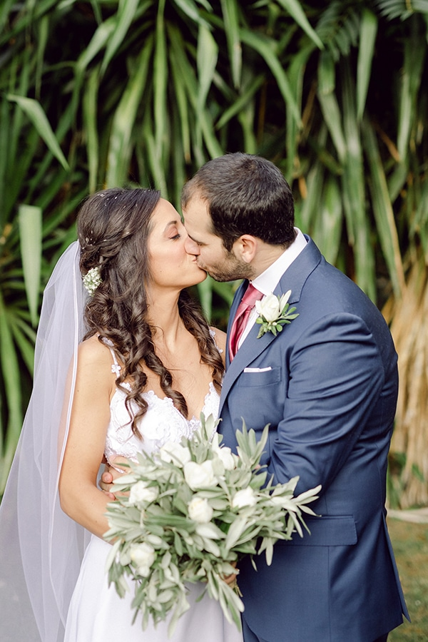 romantic-summer-wedding-athens-olive-branches_25