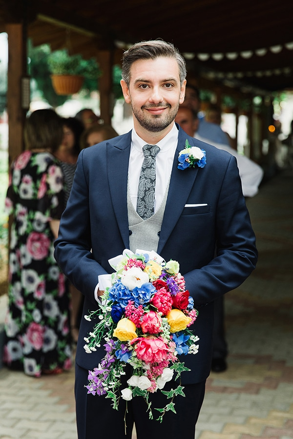 romantic-summer-wedding-bright-colours-edessa_14