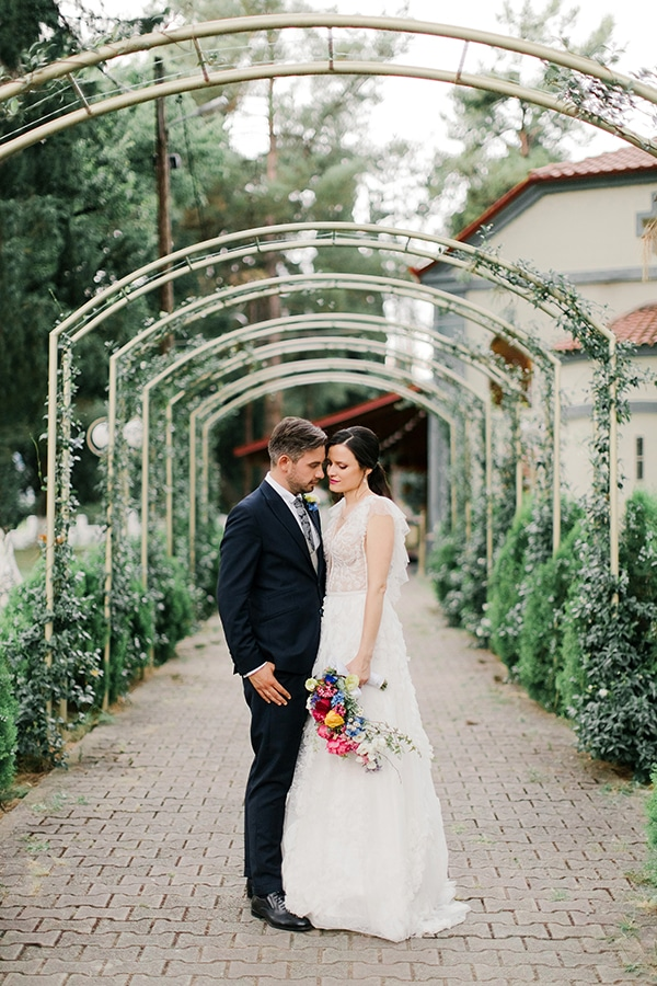 romantic-summer-wedding-bright-colours-edessa_62