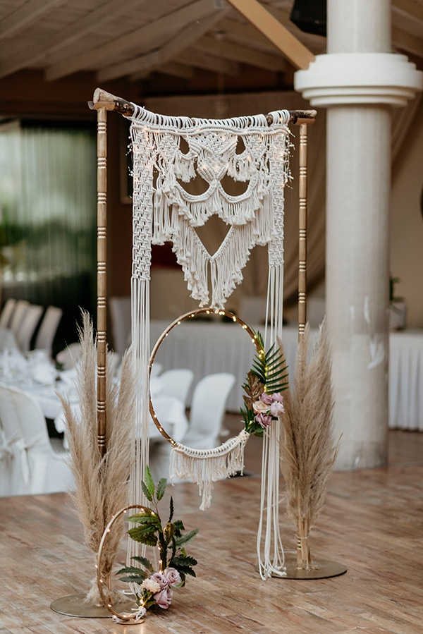 spring-boho-chic-wedding-pampas-grass-macrame_21x