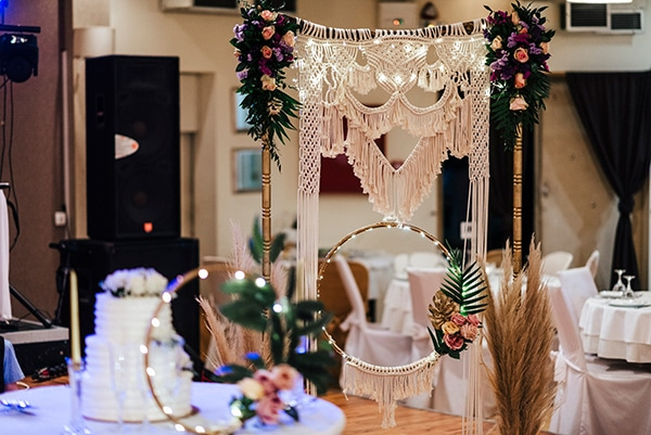 spring-boho-chic-wedding-pampas-grass-macrame_22