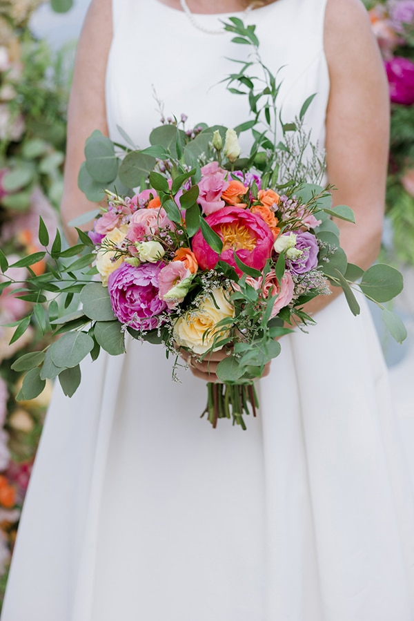 beautiful-destination-wedding-colourful-floral-designs-athens_04