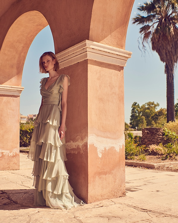luxurious-bohemian-creations-special-occasions-costarellos_10x