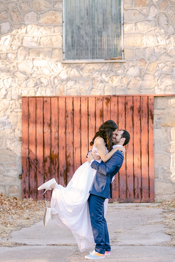 romantic-summer-wedding-athens-olive-theme_04