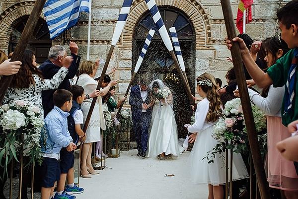 romantic-video-spring-wedding-corfu_25