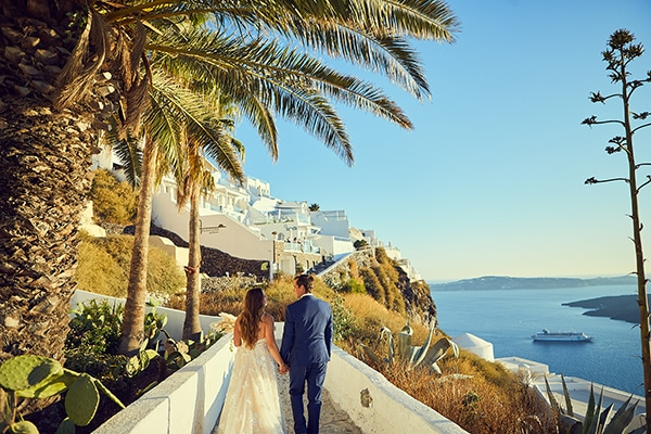 romantic-wedding-bohemian-elegant-touches-santorini_02
