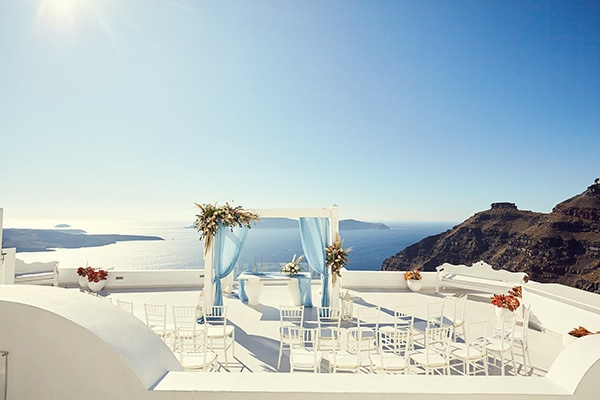 romantic-wedding-bohemian-elegant-touches-santorini_05