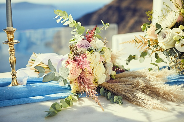 romantic-wedding-bohemian-elegant-touches-santorini_06