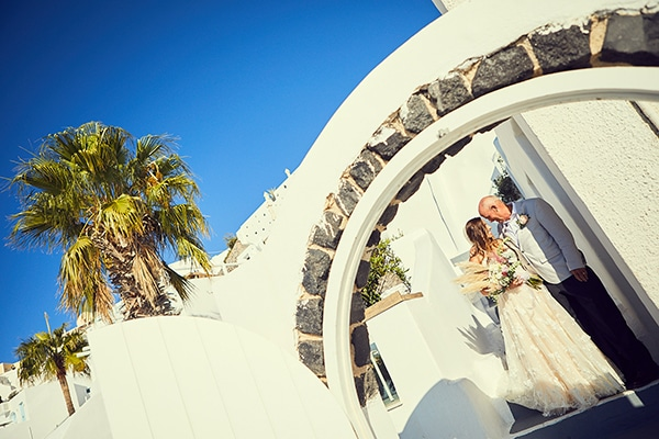 romantic-wedding-bohemian-elegant-touches-santorini_08