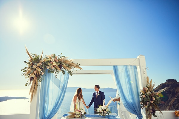 romantic-wedding-bohemian-elegant-touches-santorini_10