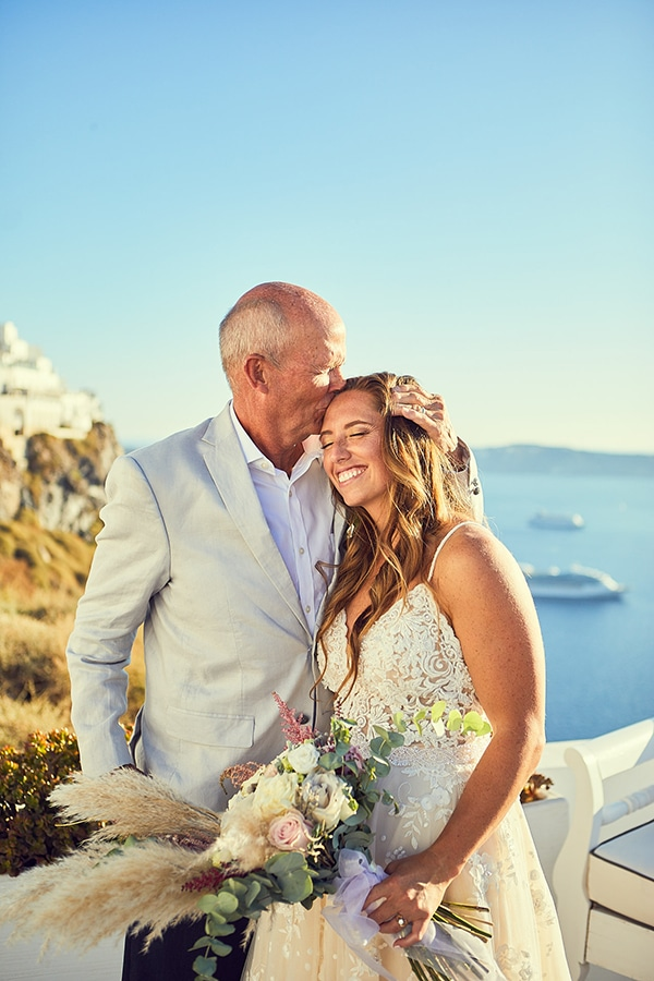romantic-wedding-bohemian-elegant-touches-santorini_17