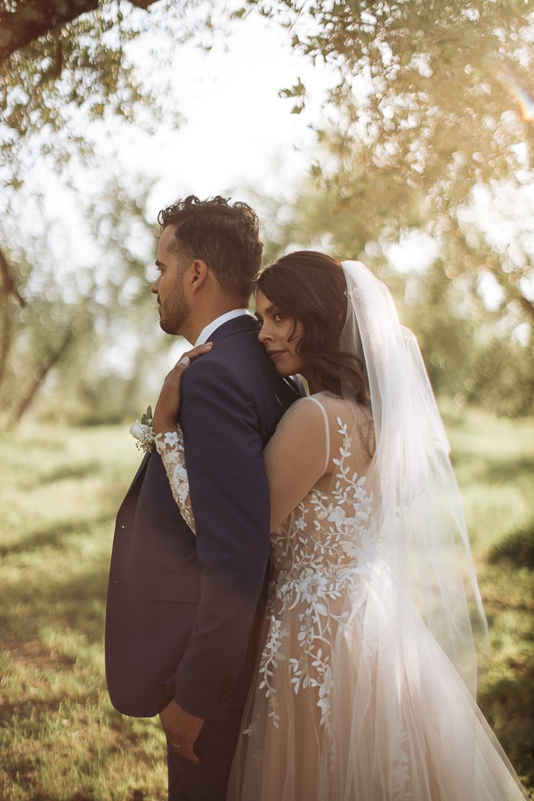 whimsical-intimate-wedding-tuscany-rustic-details_02