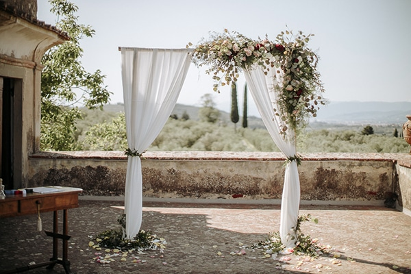 whimsical-intimate-wedding-tuscany-rustic-details_10