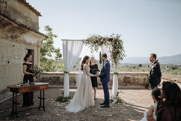 whimsical-intimate-wedding-tuscany-rustic-details_12