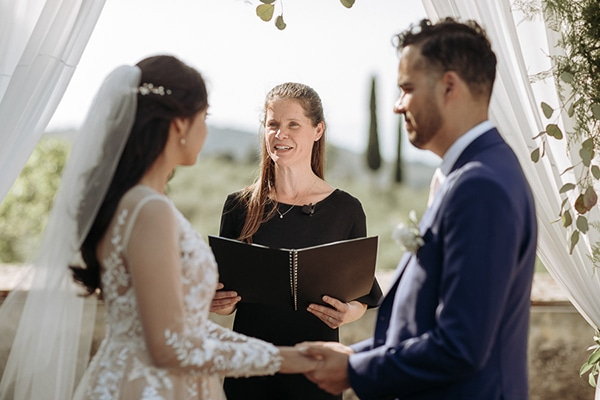 whimsical-intimate-wedding-tuscany-rustic-details_14