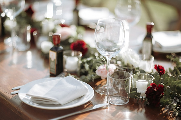 whimsical-intimate-wedding-tuscany-rustic-details_16x