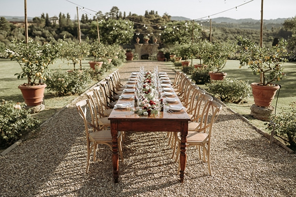 whimsical-intimate-wedding-tuscany-rustic-details_17