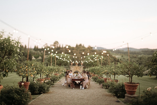 whimsical-intimate-wedding-tuscany-rustic-details_19
