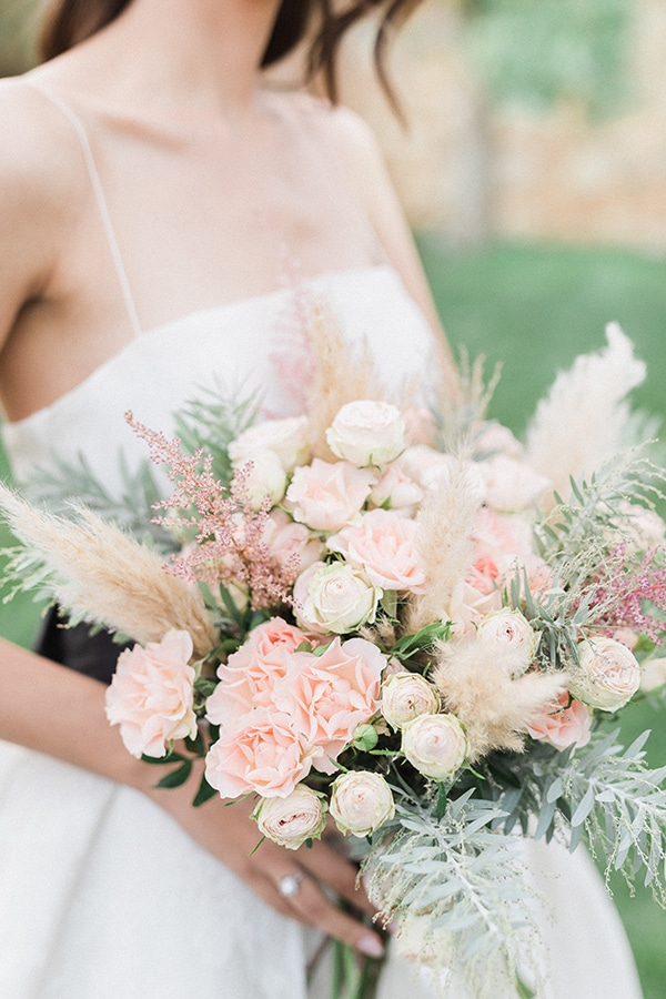 Elegant-wedding-ideas-pampas-black-details_04