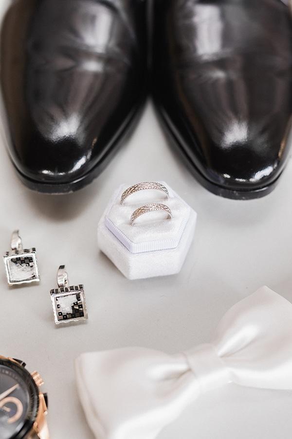 Elegant-wedding-ideas-pampas-black-details_06x