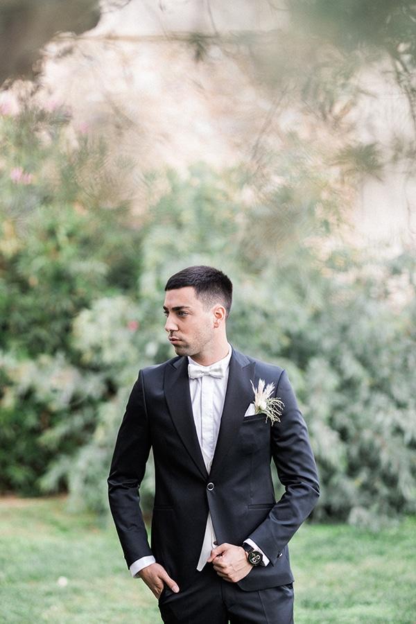 Elegant-wedding-ideas-pampas-black-details_12
