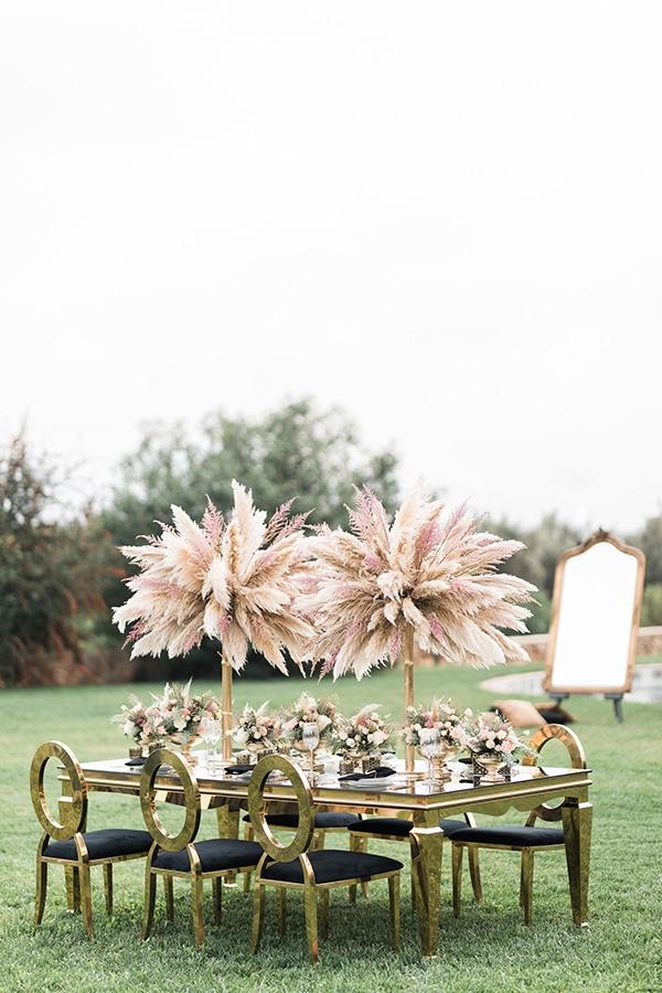 Elegant-wedding-ideas-pampas-black-details_13
