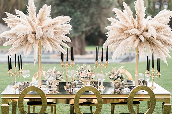 Elegant-wedding-ideas-pampas-black-details_15