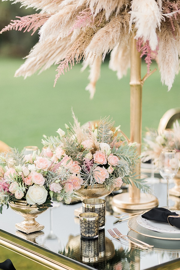 Elegant-wedding-ideas-pampas-black-details_16