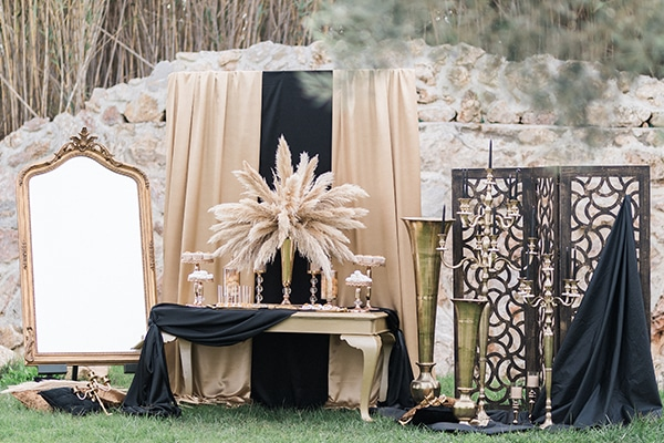 Elegant-wedding-ideas-pampas-black-details_23