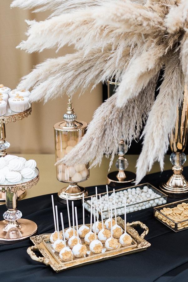 Elegant-wedding-ideas-pampas-black-details_25